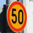Tampereen ikiomat liikennesäännöt (paikallisella kiälellä): 1§ Jos joku menee erelläs, nin aja ohitte. 2§ Jos joku yrittää ohittes, nin älä...